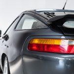 Porsche 928 grijs-3408